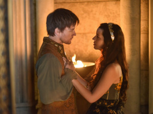 Watch Reign Season 1 Episode 11