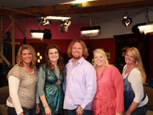 Watch Sister Wives Season 4 Episode 17