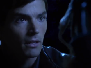 Watch Pretty Little Liars Season 4 Episode 20