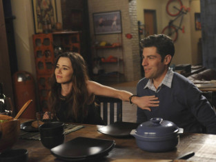 Watch New Girl Season 3 Episode 17