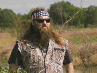 Watch Duck Dynasty Season 5 Episode 8