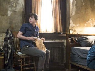 Watch Bates Motel Season 2 Episode 2
