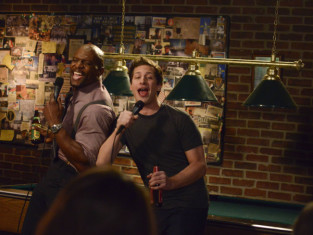 Watch Brooklyn Nine-Nine Season 1 Episode 21