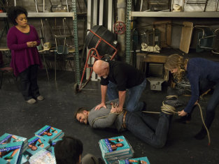 Watch Community Season 5 Episode 9