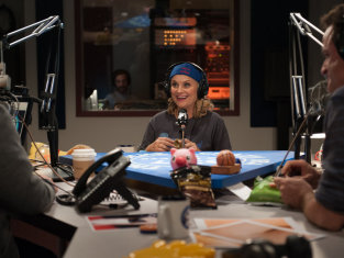 Watch Parks and Recreation Season 6 Episode 16