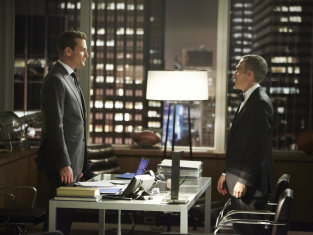 Watch Suits Season 3 Episode 13