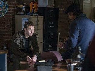 Watch Chicago PD Season 1 Episode 9