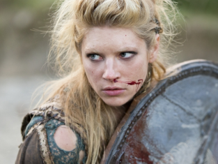 Watch Vikings Season 2 Episode 5