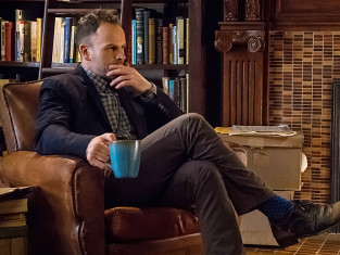 Watch Elementary Season 2 Episode 19