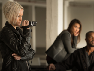 Watch Continuum Season 3 Episode 2