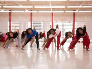 Watch Bring It Season 1 Episode 7