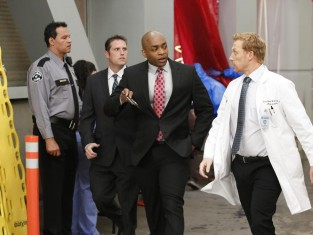 Watch Grey's Anatomy Season 10 Episode 24