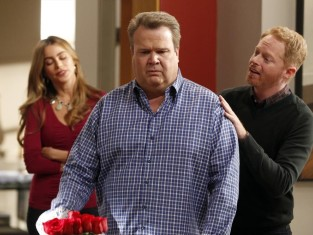 Watch Modern Family Season 5 Episode 22