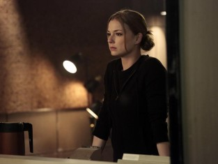 Watch Revenge Season 3 Episode 21