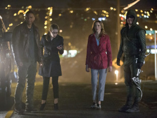 Watch Arrow Season 2 Episode 22