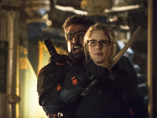 Watch Arrow Season 2 Episode 23