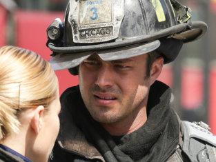 Watch Chicago Fire Season 2 Episode 22