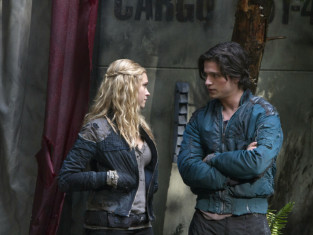 Watch The 100 Season 1 Episode 9