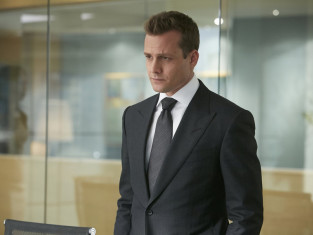 Watch Suits Season 4 Episode 1