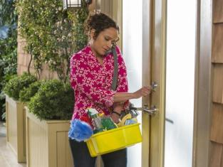 Watch Devious Maids Season 2 Episode 7