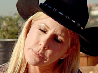 Watch The Real Housewives of Orange County Season 9 Episode 7