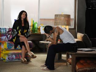 Watch Graceland Season 2 Episode 3