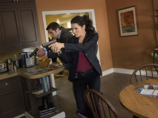 Watch Rizzoli & Isles Season 5 Episode 4