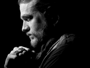 Watch Sons of Anarchy Season 7 Episode 1