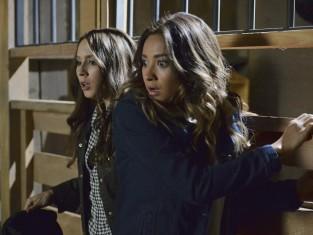 Watch Pretty Little Liars Season 5 Episode 8