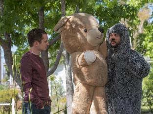 Watch Wilfred Season 4 Episode 8