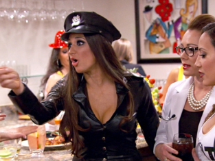 Watch The Real Housewives of New Jersey Season 6 Episode 5