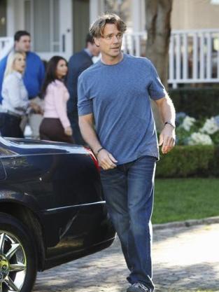 John Schneider on Desperate Housewives