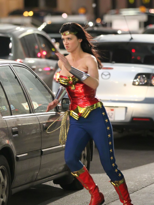 Wonder Woman Set Shot