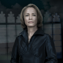 Susanna Thompson as Queen Rose