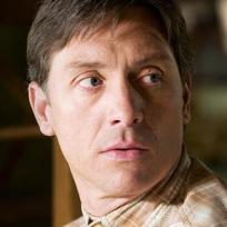 Shawn Doyle as Joey Henrickson