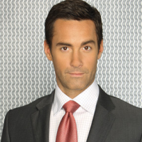 Jay Harrington as Ted Crisp
