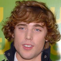 Dustin Milligan Photograph