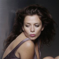 An Anna Friel Photo