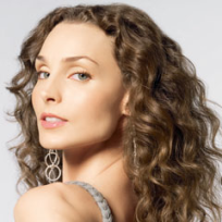 Pic of alicia minshew