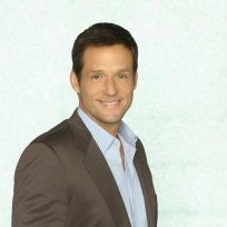 Josh Hopkins as Grayson Ellis