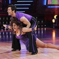 Marissa Jaret Winokur and Tony Dovolani