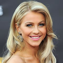 Pretty Julianne Hough