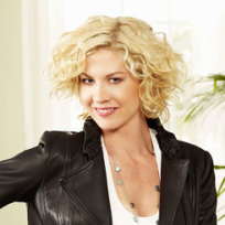 Jenna Elfman as Billie