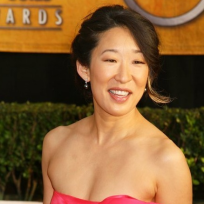 Sandra Oh in Pink