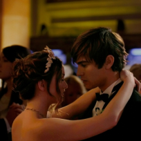 Nate and Blair at the Prom