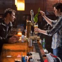 Awkward-bar-scene
