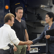 Kelly Hu on Hawaii Five-0