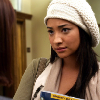 Emily Fields Picture