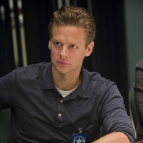 Jacob Pitts as Tim Gutterson