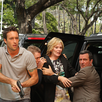Hawaii Five-O Finale Scene